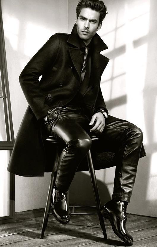 męskie spodnie ze skóry