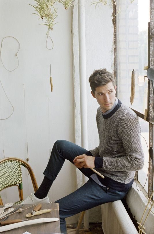 sweter w męskiej garderobie